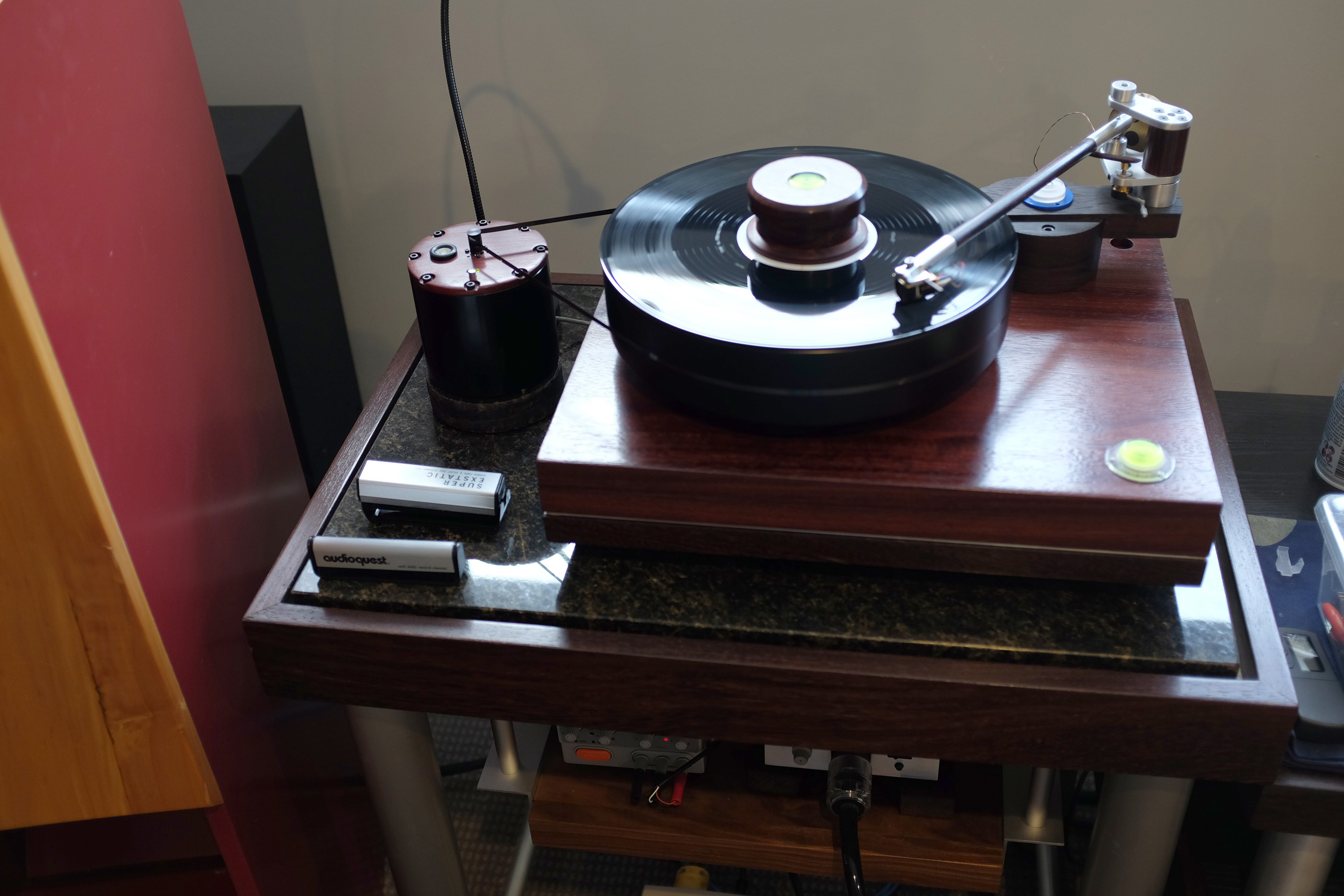 Turntables Custom Made Speakers And Audio Gear